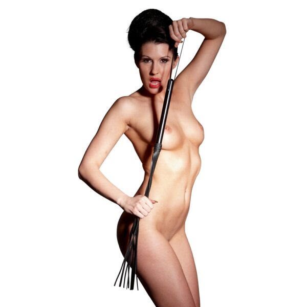Плетка – Leather Flogger Wooden Handle, S-L